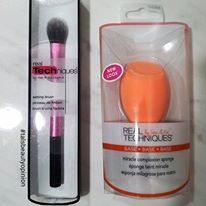 Real Technique Setting Brush and Miracle Complexion Sponge